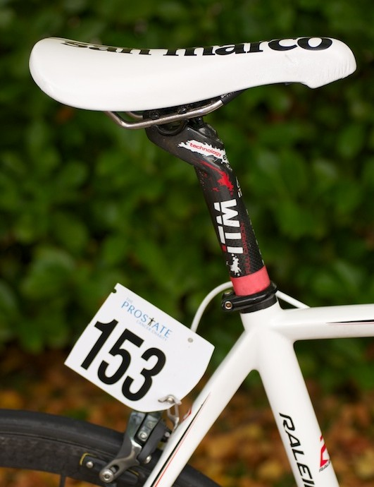 ITM Pathom carbon seatpost supporting a San Marco Concor saddle