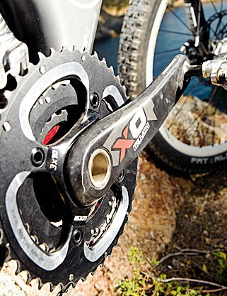 The SRAM X0 triple chainset helps with overall versatility