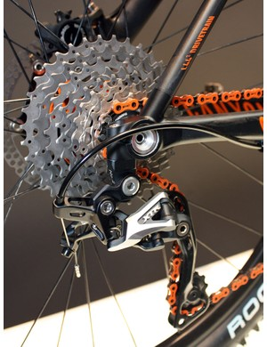 The 142x12mm through-axle dropouts prevent rear triangle twist but also provide more real estate for the hub