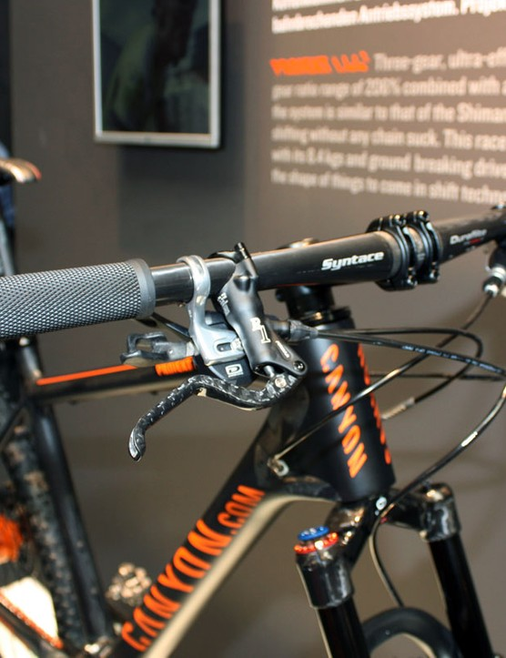 Canyon's project bike was fitted with Syntace flat carbon bars