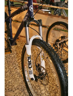 Steely with RockShox Tora 289 130mm forks