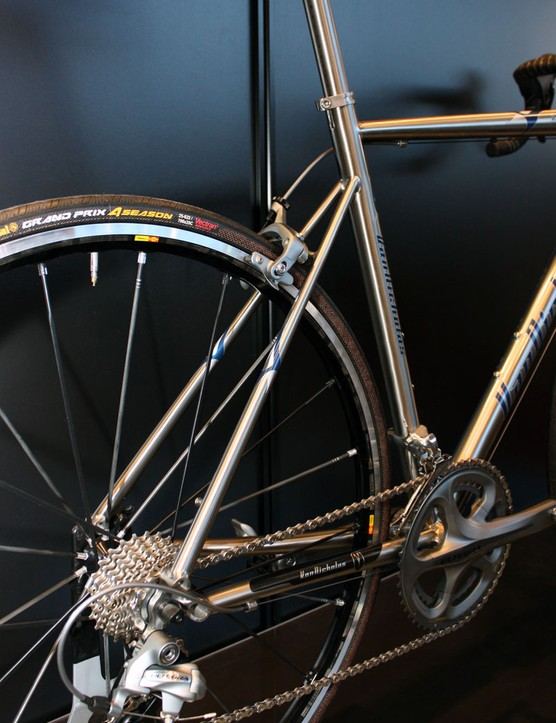 It's no optical illusion – the tapered seatstays on the Zephyr are impossibly tiny up at the seat tube