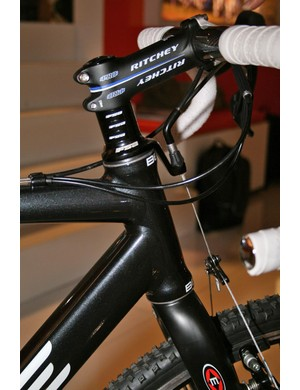 BeOne Chase with front cable guide