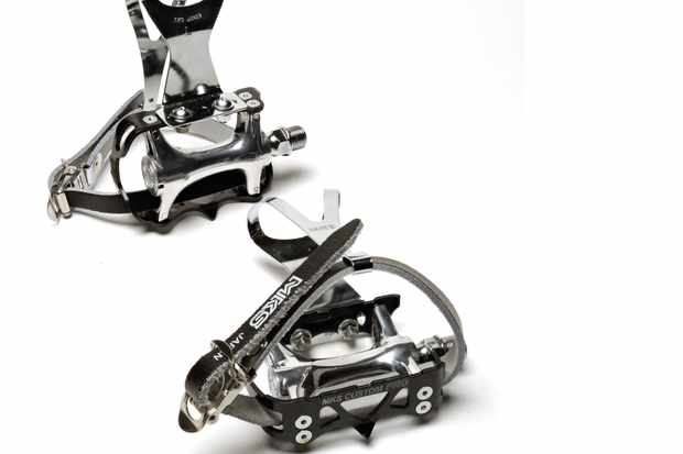 MKS Custom Pro pedals + steel toe-clips + straps