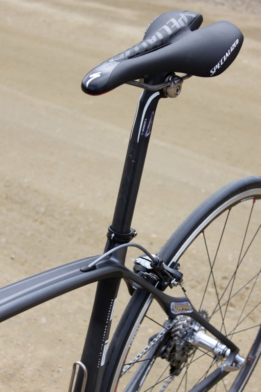 It was hard to tell how much of the bike's vertical compliance came from the frame versus the 27.2mm Zertz equipped seatpost