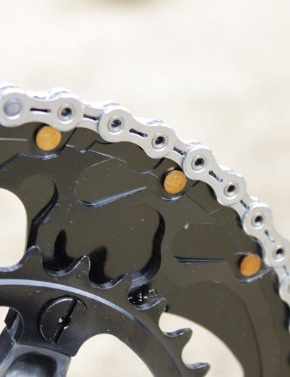 Generally non-Shimano chainrings equate to a lesser level of performance, these Specialized rings worked (almost as) well and sported beefy brass pick up pins