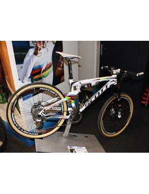 This Ritchey-equipped Scott (check out the tubulars!) belongs to current UCI cross-country world champion Nino Schurter