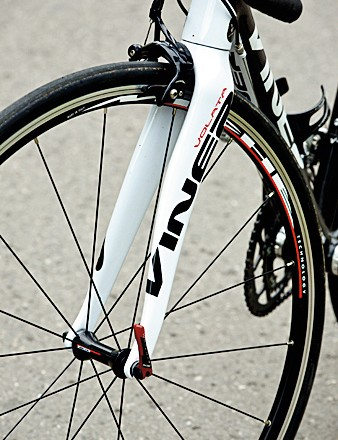 The chunky fork has a Pinarello-style wavy shape to the blades