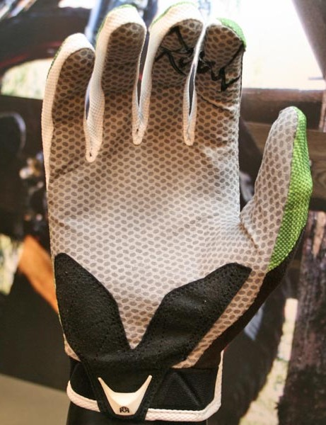 Signature glove palm