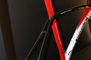 Slender box-section seatstays attach to the sides of the seat tube on the Dedacciai Super Scuro