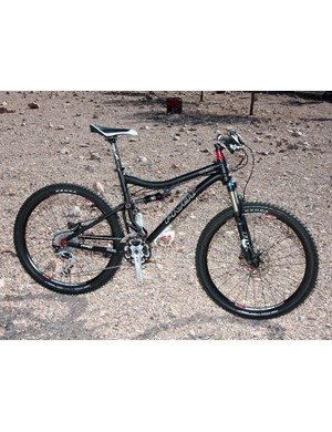 The 2011 Pivot Mach 4 drops 300g (0.625lb) from the previous version while also boasting a claimed 20 percent boost in torsional stiffness for even more precise handling