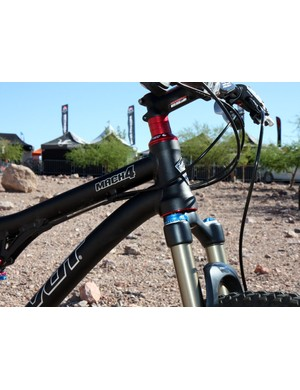 The Pivot Mach 4 gets a tapered head tube for 2011