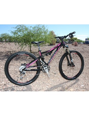 The Pivot Mach 4 is also available in an XXS size for more slightly built riders