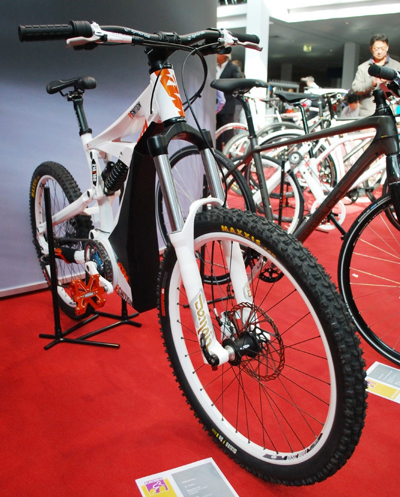 KTM Egnition with Cleanmobile battery and drive unit
