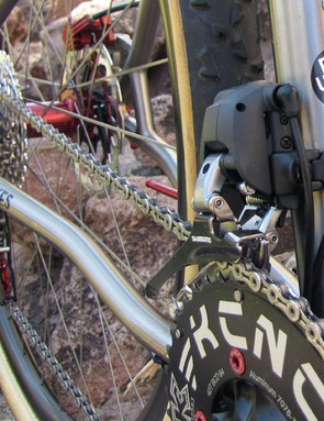 Fairwheel use one of the seat tube bottle mounts as an access hole for the wiring kit