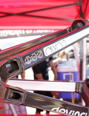 At the heart of the Split Pivot design is a concentric rear axle suspension pivot