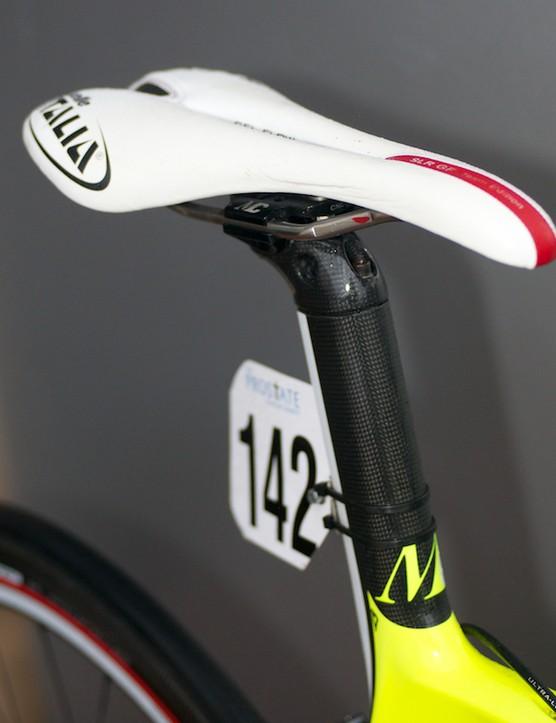 Selle Italia SLR GF saddle atop the seatmast