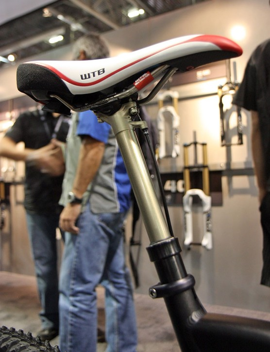 Fox Racing Shox unveiled a new dropper seatpost at this year's Interbike show, tentatively scheduled for a spring 2011 release