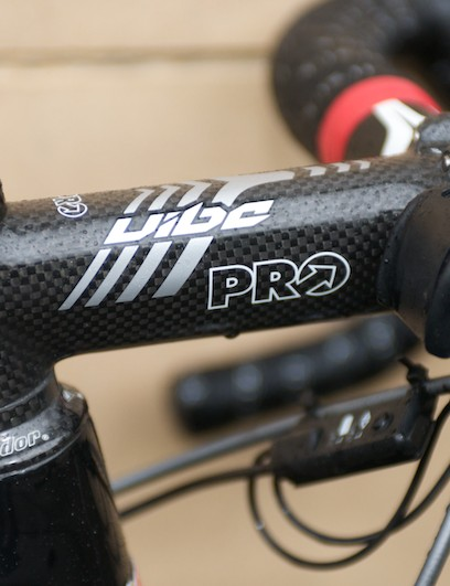 PRO Vibe stem and Condor-branded headset