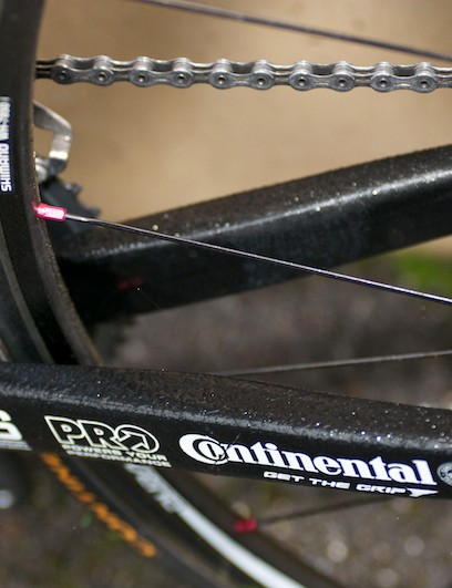 No-nonsense chainstays and conventional bottom bracket