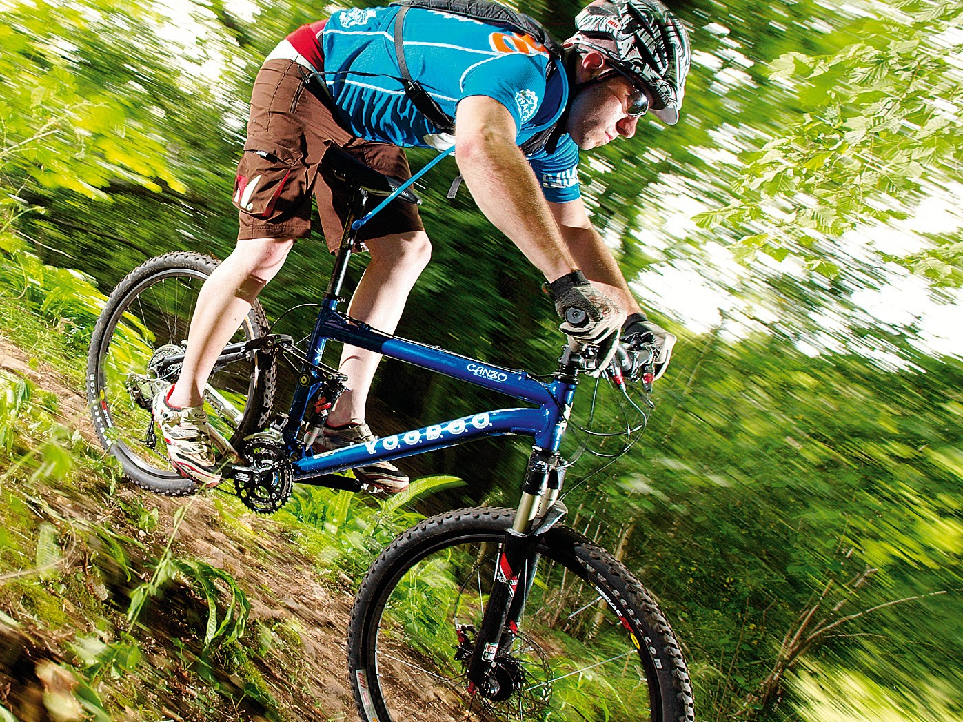 The canzo is a properly sorted  trail bike ready to be ridden as hard as you dare