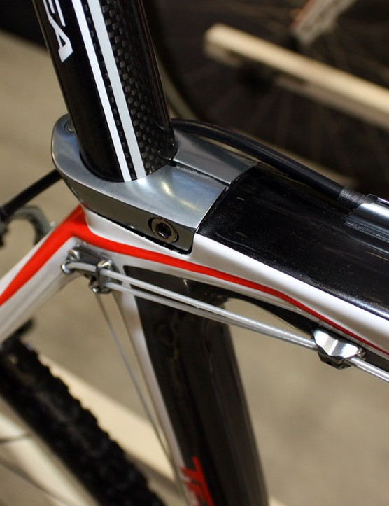 The seat collar is neatly integrated into the shape of the frame