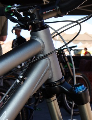The head tube on the 2011 Turner 5.Spot has a straight 44mm internal bore but is compatible with tapered steerers thanks to Cane Creek's new headset