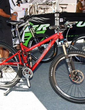 The 2011 Turner Sultan gets a slacker, tapered-compatible head tube