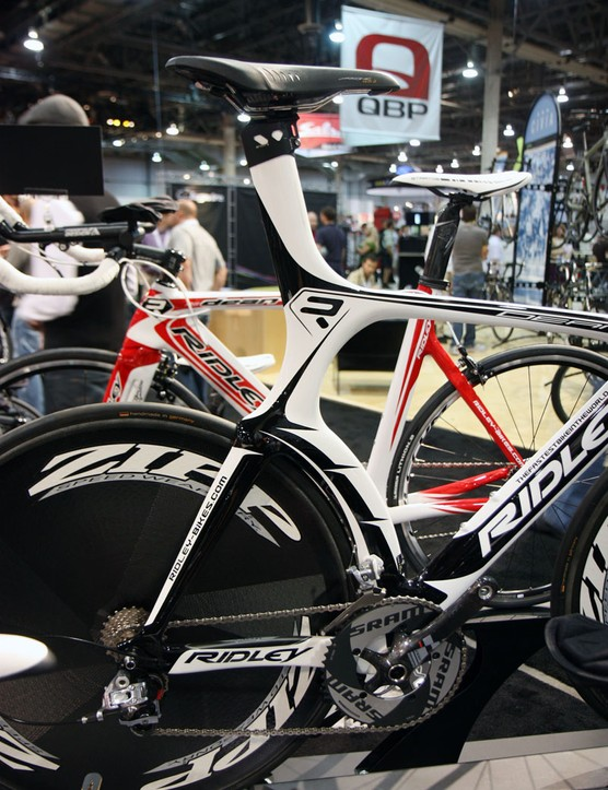 The curvaceous seat tube and R-Flow Jetfoil seatstays on the Ridley Dean help direct air around the rear wheel while the rear brake calliper is moved down below the chainstays