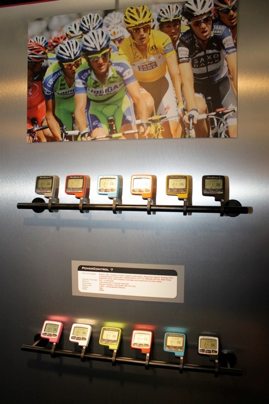 Colour options for the 2011 PowerControl 7