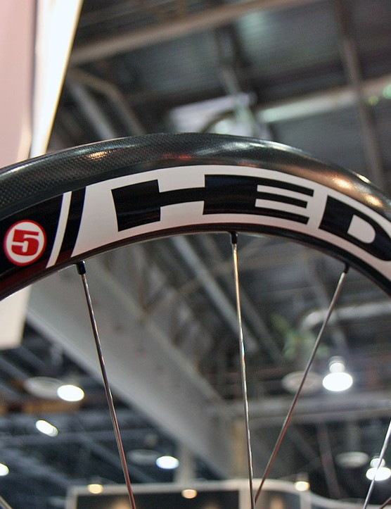 HED's new Stinger 5 is built for tyres measuring 25mm or wider and includes extra plies of carbon for durability – anyone else thinking 'cross?