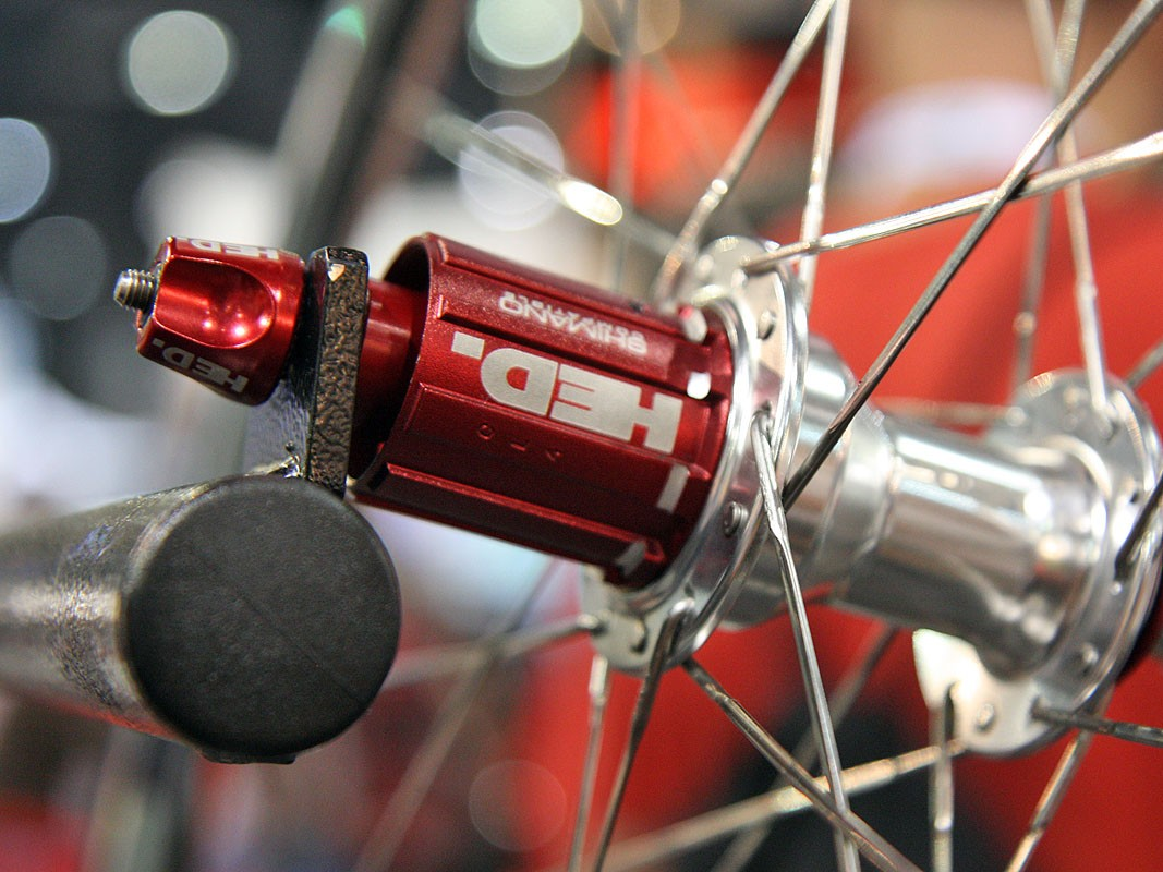 2011 Hed Flamme Rouge hubs get red anodised details plus etched-on compatibility details