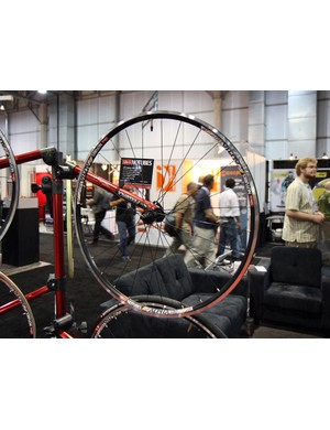 NoTubes offer their new Alpha 340 as a bare rim or pre-built into one of three road wheelsets. As with the company's off-road rims, tubeless tyre inflation is remarkably simple with only a floor pump