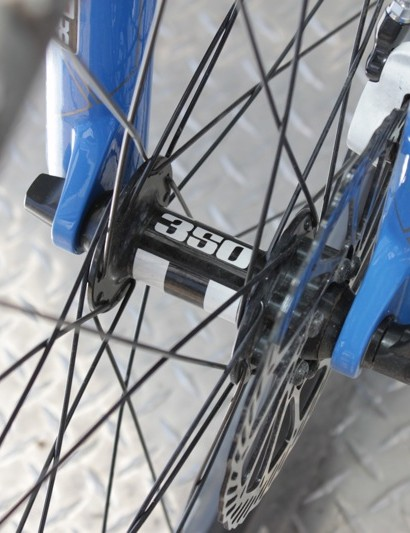 The ZTR Alpine rims are laced to DT's workhorse 350 disc hubs