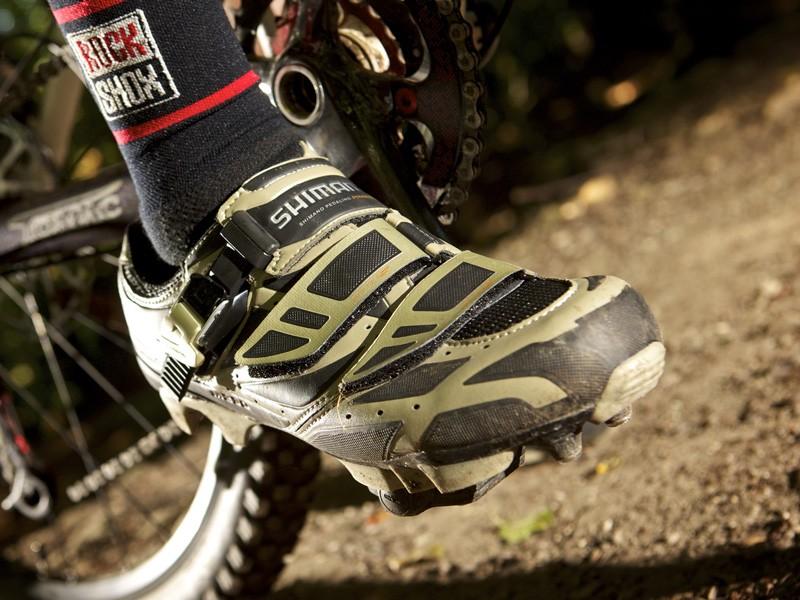 Shimano M230 custom-fit shoes