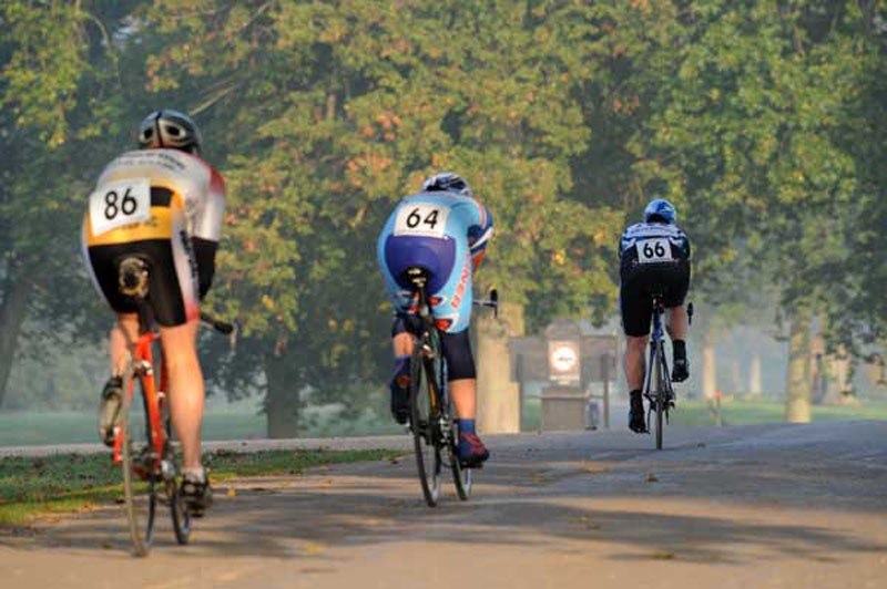Time trialists compete in the 20km event in the 2009 Bike Blenheim Palace