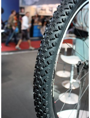 Michelin's new Wild Race'R replaces the old Dry tread design for hardpacked trails