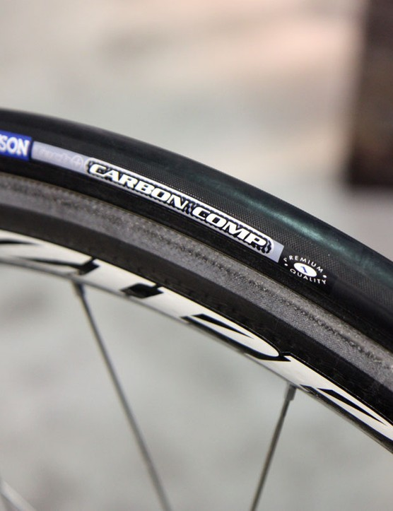 The Carbon Comp is Hutchinson's standard high-end tubular with a 127tpi casing, 23mm width and 255g claimed weight