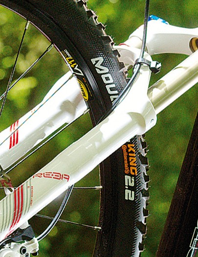 The RockShox reba Sl is an  outstanding fork to find on a bike at this price