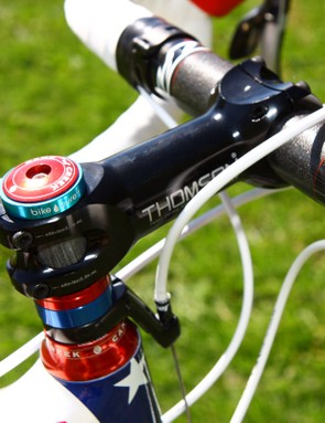 A Bike Pure headset spacer sits atop the Thomson Elite X4 stem