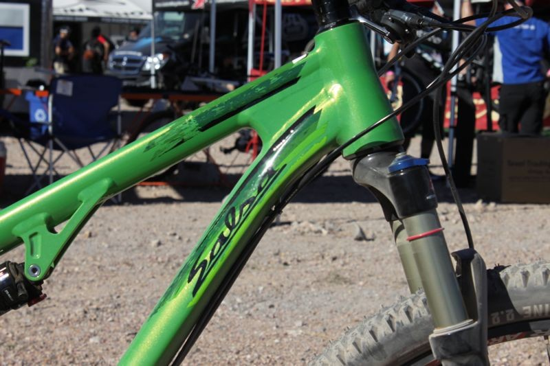 The Spearfish offers good front end stiffness through a tapered headtube and robust top and down tube junction