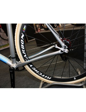 The slender and flattened seat stays on the 2011 Salsa Chili con Crosso are designed to flex slightly under impact