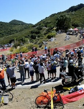 Huge crowds lined the climb of Mulholland Highway during the 2010 Amgen Tour of California's final stage