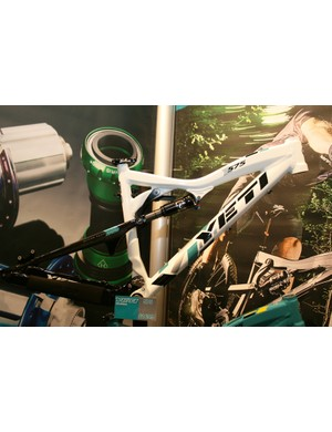 Yeti were showing off the latest version of their 575 frame at Cycle Show 2010