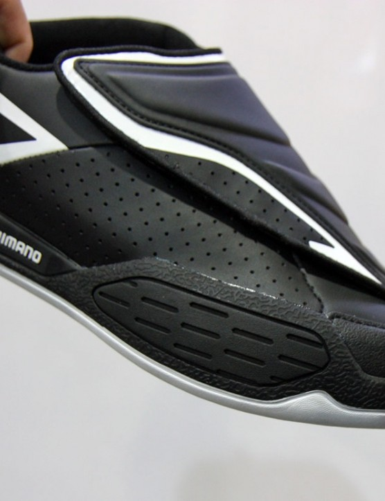 Extra rubber on the outer edge of the Shimano SH-AM45 shoes helps protect from impacts