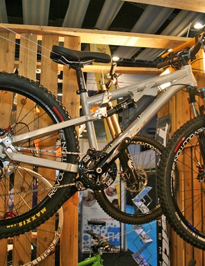 Transition's Double is aimed at slopestyle riders and four-cross riders, with 80-100mm of rear travel and a tapered head tube up front for precise steering