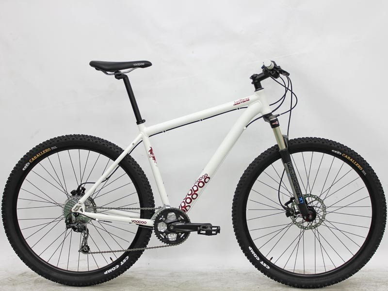 The 2011 VooDoo Bokor 29er offers a double-butted alloy frame and decent mid-range kit