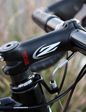 A custom stainless steel noodle replaces the standard barrel adjuster on FSA's 'cross-specific headset