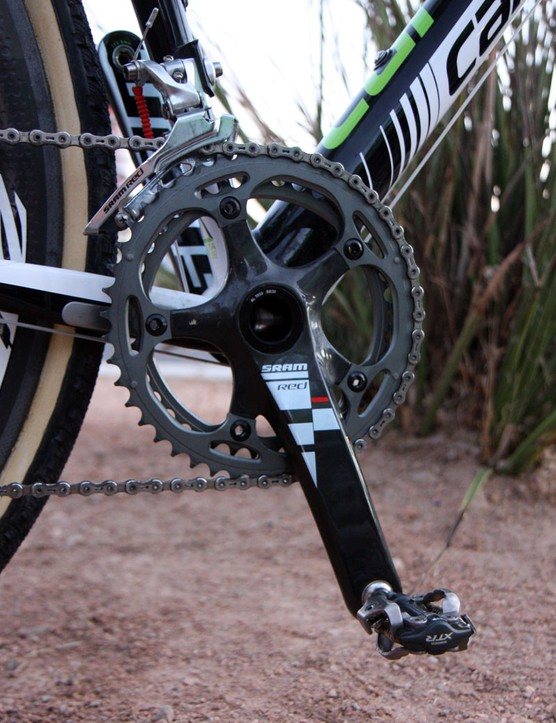 Tim Johnson (Cannondale-CyclocrossWorld.com) runs 39/46T chainrings on his SRAM Red BB30 crankarms