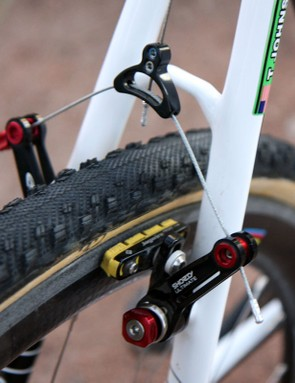 There's plenty of tyre clearance around the narrow Cannondale SuperX seatstays